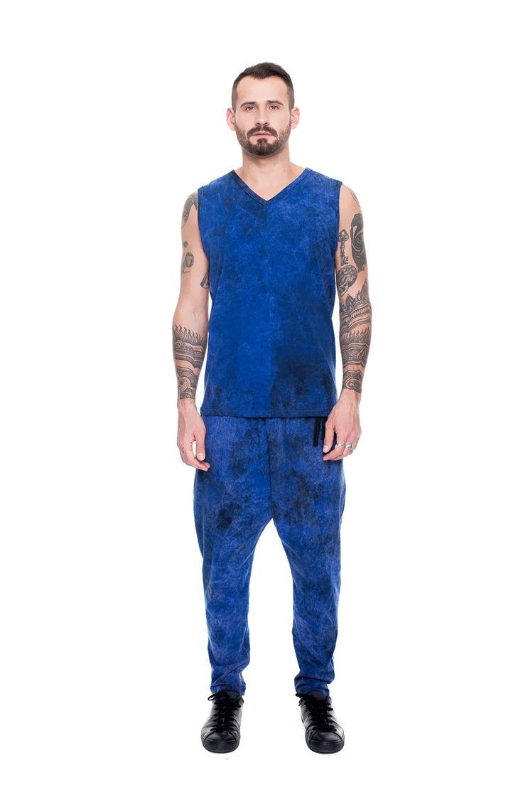 Relaxed fit pants, blue acid wash    #mariashi #fashion #russiandesigners #nofilter #outfit #outfitoftheday #outfits #outfitpost #clothes #fashionista #fashiondesigner #shopping