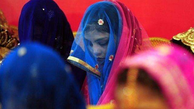 Au Pakistan, interdire le mariage aux mineures est jugé anti-islamique Check more at http://info.webissimo.biz/au-pakistan-interdire-le-mariage-aux-mineures-est-juge-anti-islamique/