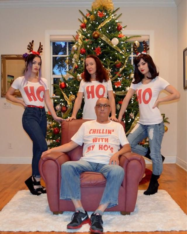 20 hilariously awkward family christmas photos