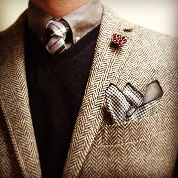 Don't just PIN success, DEFINE success!  SIGN-UP FOR FREE today to www.urbanprofessorshop.com for a 5% member discount when you shop for the most stylish lapel pins for young professionals.    Follow Urban Professor @udefinesuccess