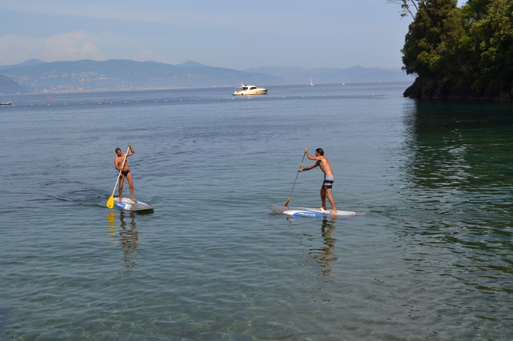 Stand Up Paddling in Paraggi Bay