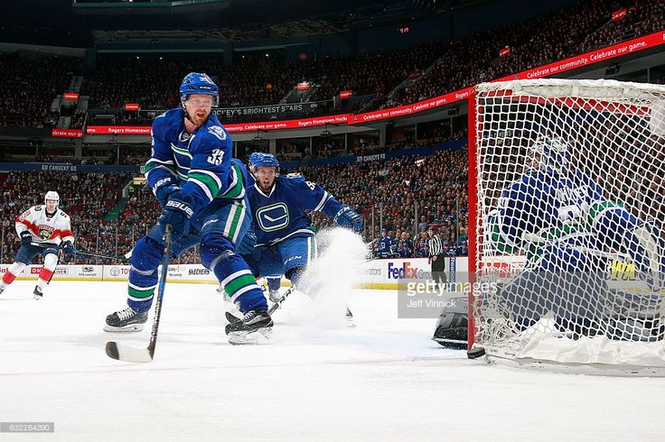 Henrik Sedin #33 of the Vancouver Canucks watches as puck passes the Vancouver net during their NHL game against the Florida Panthers at Rogers Arena January 20, 2017 in Vancouver, British Columbia, Canada. Vancouver won 2-1