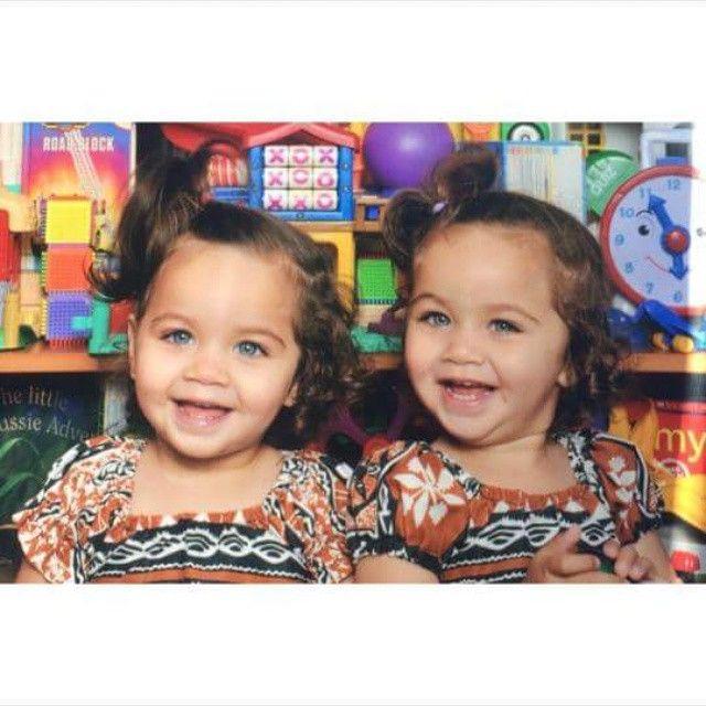 TB. Photos de garderies dans leurs chumbas de Fidji dr #drotinitwins   – Little Ones