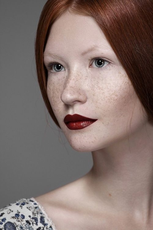 Freckles - Red lips