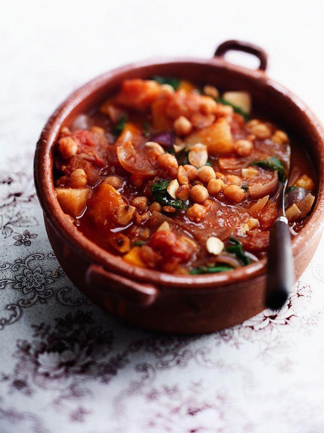 pompoenstoof met spinazie, tomaat, kikkererwt en peer | ZTRDG magazine #recept #vegan #veganfood  #vega