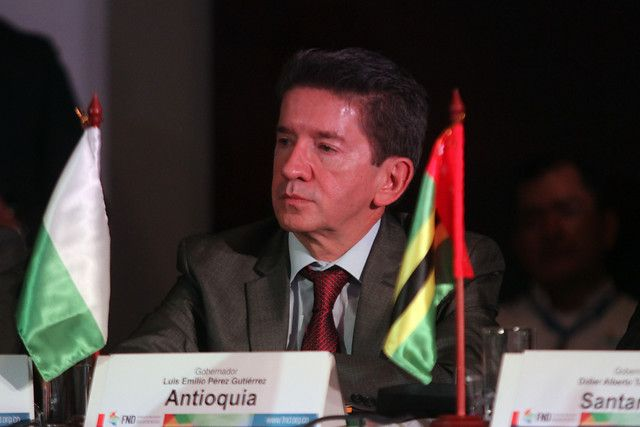 """El gobernador de Antioquia aseguró que """"Jaramillo no es la constitución política""""."""