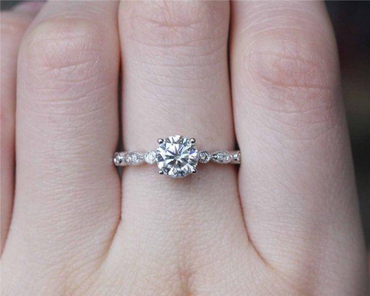 6.5mm Brilliant Moissanite Ring Solid 18K Gold Wedding Ring Moissanite Engagement Ring