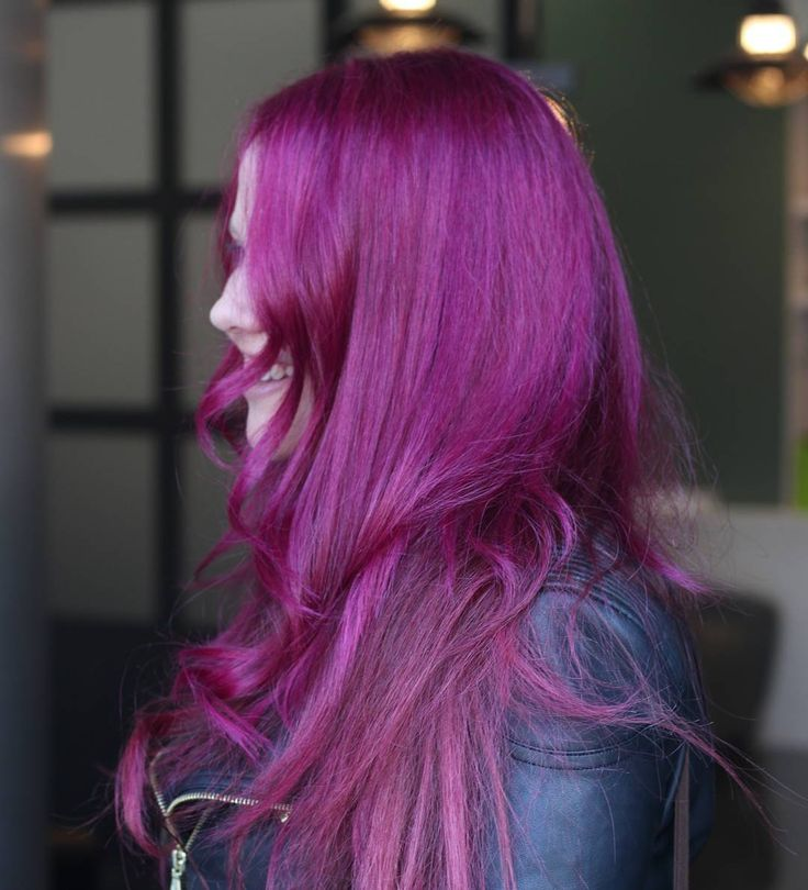 Buenos días y feliz #domingo  #nofiltros #color #morado #hairinspiration #haircolor #purple #nofilter #hair #hairstylist #hairdresser   via Instagram http://ift.tt/1WShrQL