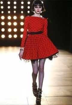 Saint Laurent ワンピース 国内発 | 完売前に SAINT LAURENT ポルカドット ドレス 赤
