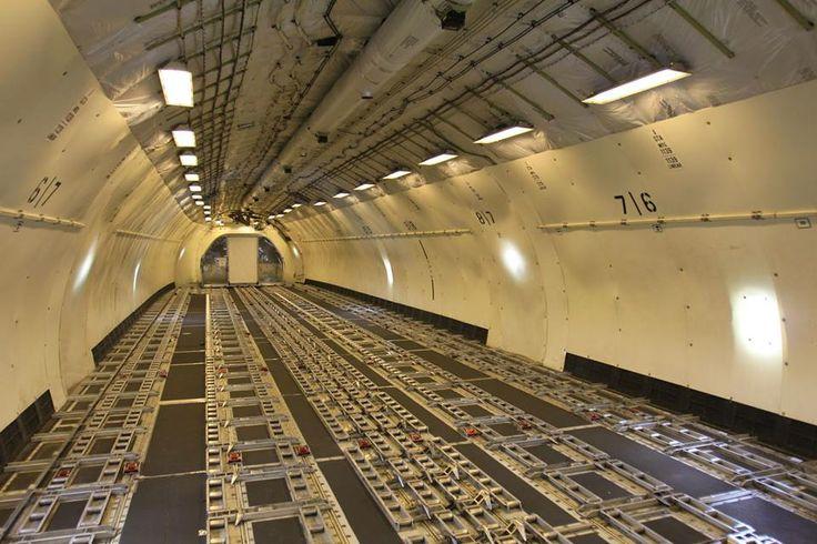 Wnętrze kadłuba MD-11. Fot. Dariusz Kłosiński