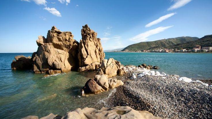 Scogli nel mare di Castel di Tusa - Rocks in the sea at Castel di Tusa