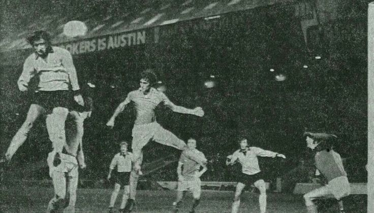 Man City 4 Mansfield Town 2 in Dec 1975 at Maine Road. Kevin Bird heads home for Mansfield to make it 3-2 in the League Cup Quarter Final.