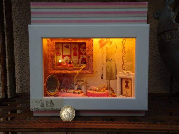 Lightbox 3d Accent Lamp Roombox Led Geschenk Handmade Ooak Miniatur 1 12 Elegance Led Leuchtkasten Und Holz Zuschnitt