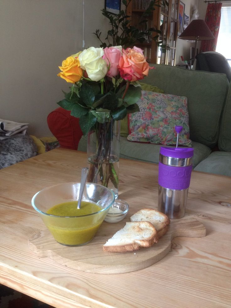 Butternut Broccolli Soup, homemade bread, aioli and good coffee. Lunch is served!