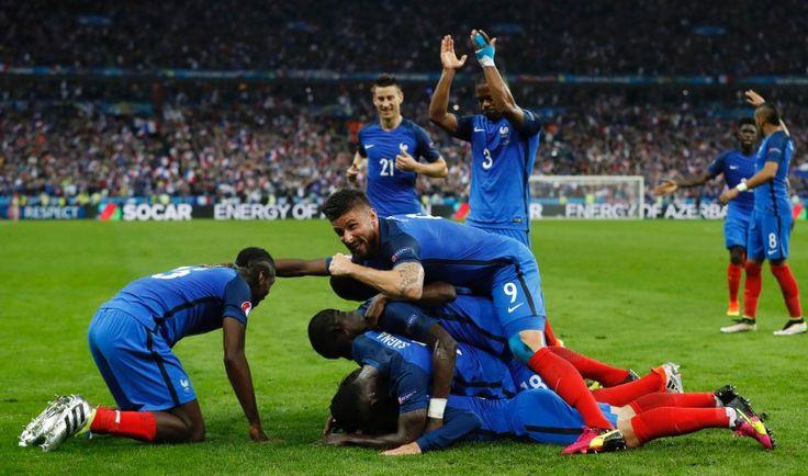 Frankreich vs Island !! 3-Juli-2016 Frankreich hat Islands Traum vom Fußballmärchen zerstört !! Nun trifft die Équipe Tricolore im Halbfinal auf Deutschland !!
