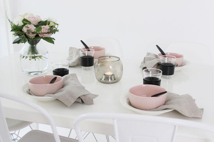 Vaihtelevasti Valkoista // Iittala Sarjaton / Balmuir / Kaasa / Dining / Tablesetting