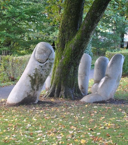 "Eva Oertli and Beat Huber, ""La main généreuse"" or ""The Caring hand"", sculpture in Glaris, Switzerland"