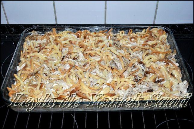 Fırında Kremalı Tavuklu Erişte | LEYLA İLE YEMEK SAATİ