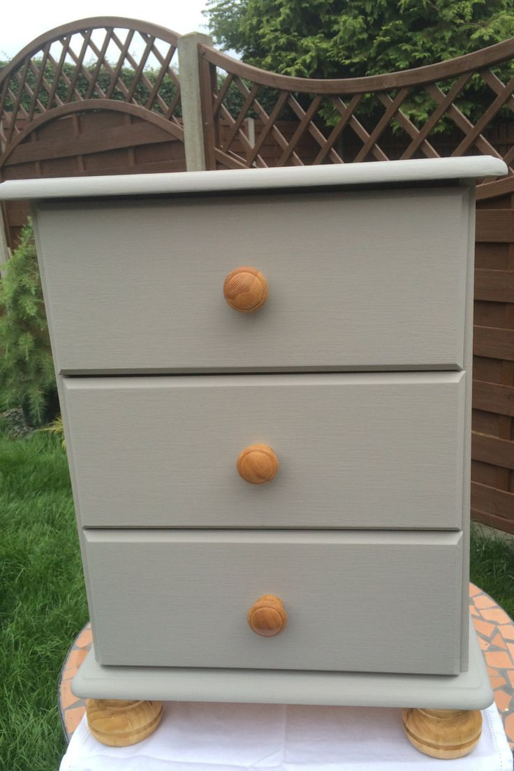 Best Bedside Chest Of Drawers Bedside Table Pale French Grey 640 x 480