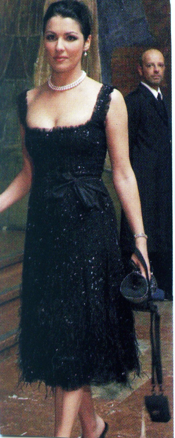 Anna Netrebko style | ... great black dress. I am slightly obsessed with Anna Netrebko's style