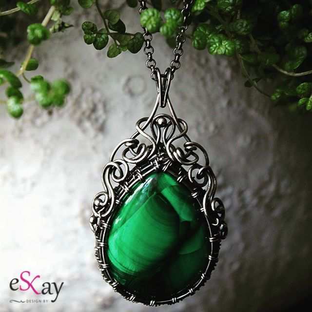 #malachite #pendant #wirewrapped #jewellery #handmade #designbyeskay