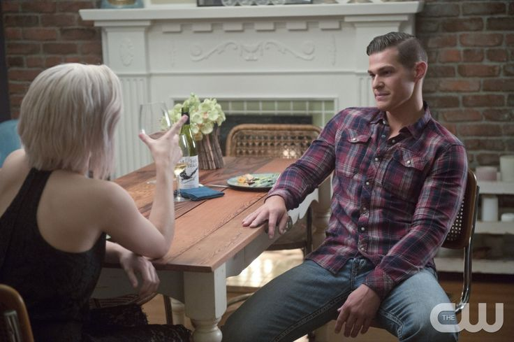 "iZombie -- ""Fifty Shades of Grey Matter"" -- Image Number: ZMB211b_0040.jpg -- Pictured (L-R): Rose McIver as Liv and Greg Finley as Drake -- Photo: Diyah Pera/The CW -- © 2016 The CW Network, LLC. All rights reserved.pn"