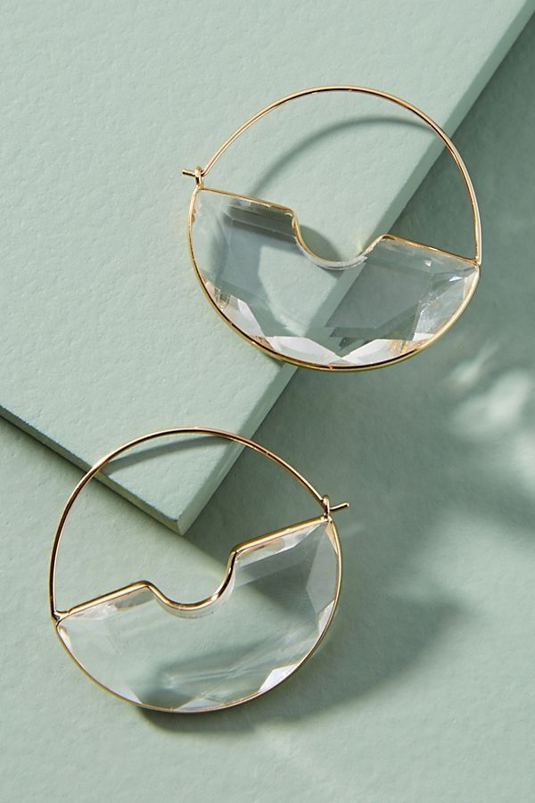 J&W Collection Boutique Beautiful CAT Shape Hoop Earrings in Gold Color with White Pearls