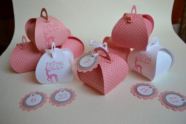 Deko und Accessoires für Weihnachten: Adventskalender Mädchen Boxen made by Kartenträume und Fotozauber via DaWanda.com