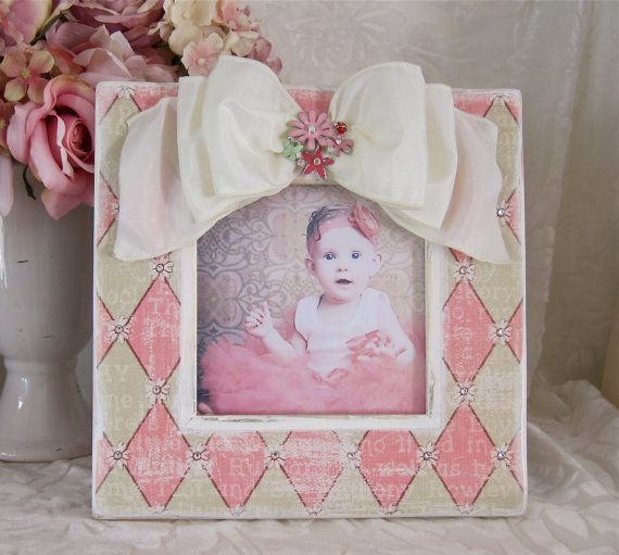 1000 Images About Diy Photo Frame Ideas On Pinterest