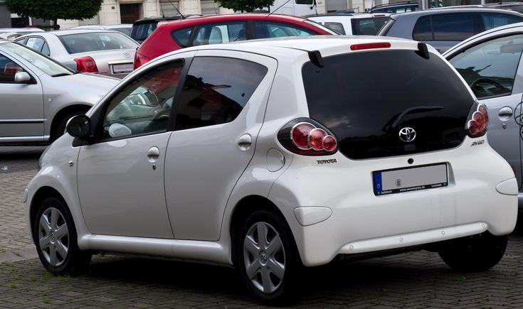 best 25 toyota aygo ideas on pinterest fiat 500 s. Black Bedroom Furniture Sets. Home Design Ideas