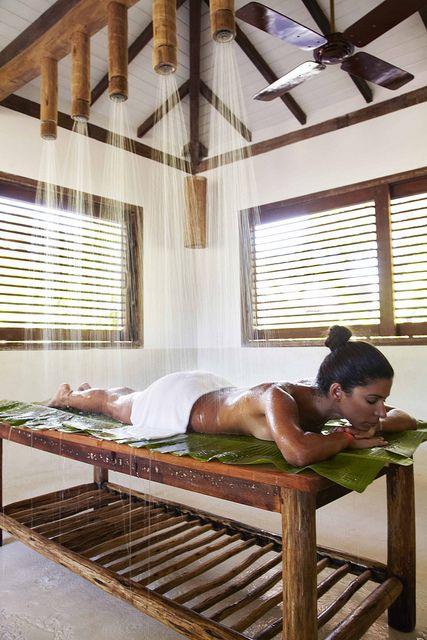 Organic Vichy treatment at UXUA Casa Hotel & Spa. Trancoso, Bahia.