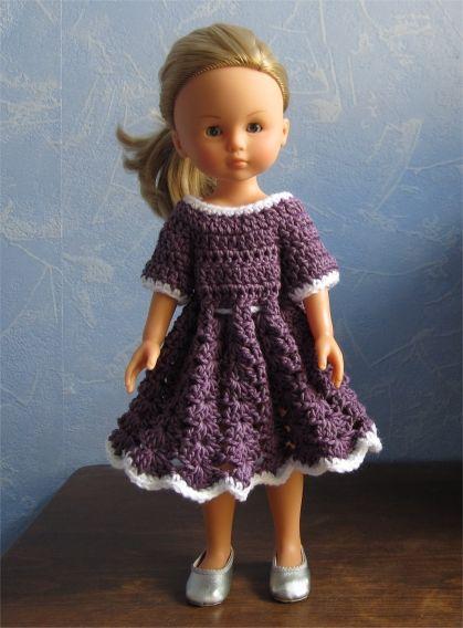Camille vous présente aujourd'hui une nouvelle petite robe    Voici les explications  Fournitures  : du coton mauve (Phil Bambou de chez Phi...