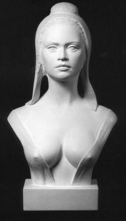 Buste de marianne brigitte bardot 65 cm, sculpté par Alain ASLAN, réalisé en plâtre patiné. en 1969.