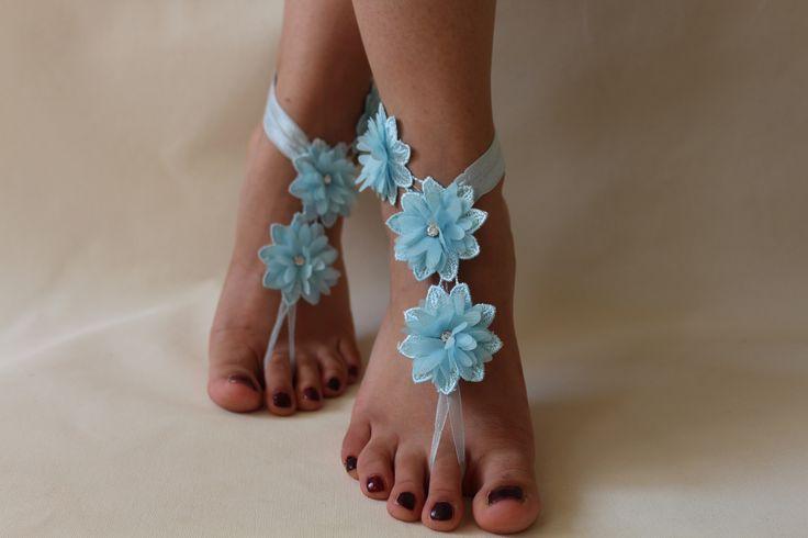 Sandales aux pieds nus de dentelle bleue, de la dentelle française, dentelle nuptiale des chaussures, des bijoux de pied, : Autres accessoires par passionis