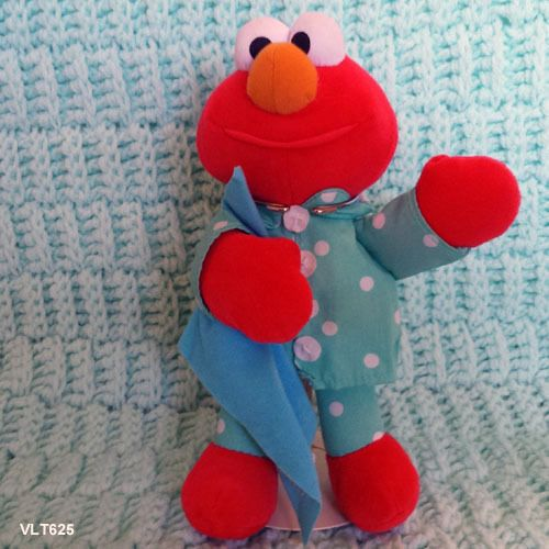 "Elmo Tyco 1999 talking sesame street elmo based on Where's my blanket book  - 9"" #TYCO"