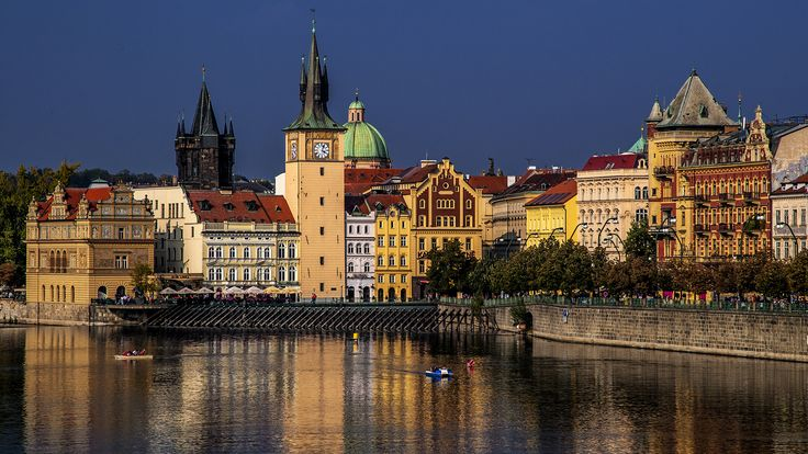 Prague at low sun - null