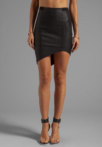 Pinterest 상의 Faux Leather Skirts에 관한 상위 19개 이미지 ...