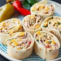 Roladki z tortilli z tuńczykiem i kukurydzą | Kwestia Smaku