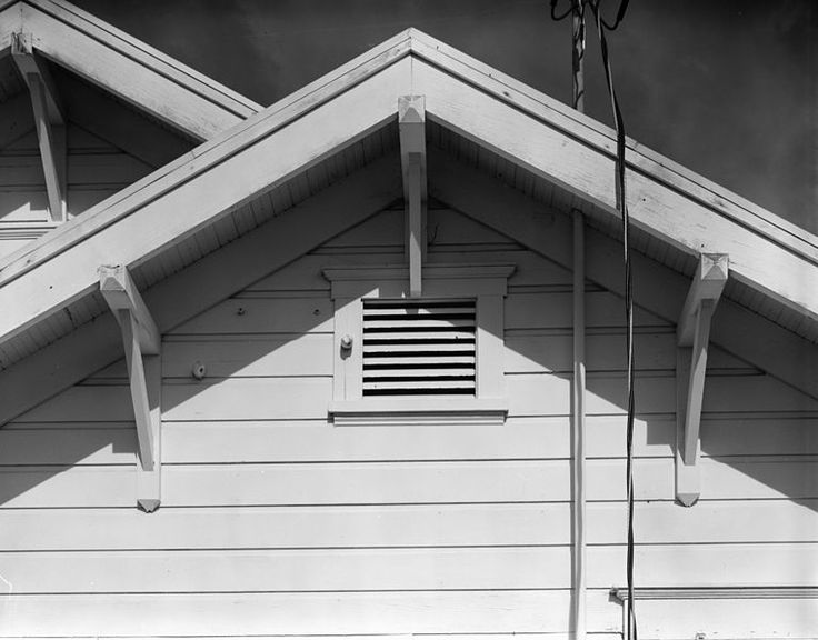 How to Buy, Make, and Use Effective Cleaning Solutions for House Siding | Parenting Patch