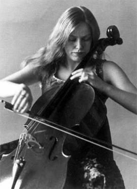Jacqueline Du Pré ~Repinned Isabel Carreira  http://www.google.co.uk/imgres?imgurl=http://www.newsancai.com/images/stories/newphoto/2010/World/OverseaEducation/aa57.jpg&imgrefurl=http://www.newsancai.com/index.php/gb/media/245-music/27587-jacqueline-du-pre-boccherini-cello-concerto-part-1.html&usg=__yntQ0feSAv8OuEcxF0Y0herXq