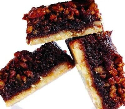 Sticky toffee shortbread bars