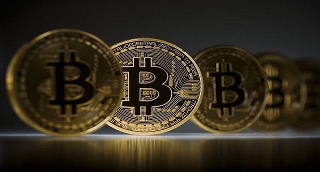 mengenal mengenai cryptocurrency atau mata uang kripto, dengan Bitcoin sebagai pemicunya. Sehingga dengan begitu otomatis langsung banyak dan beredar keterangan dan juga penjelasan mengenai apa itu uang kripto. Namun, sayangnya banyak sekali analogi yang salah saat berusaha membedakannya