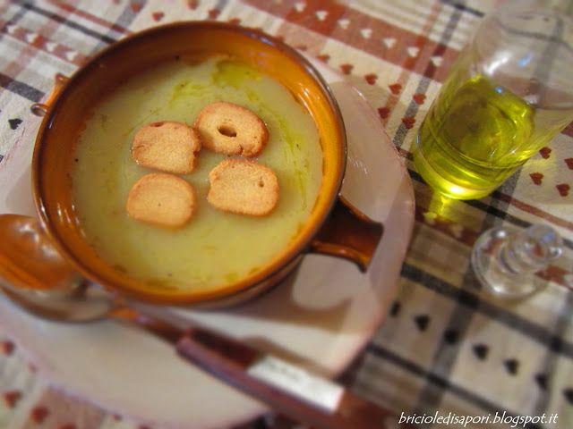 Briciole di Sapori           : Crema di cavolfiori, porri e patate con crostini d...