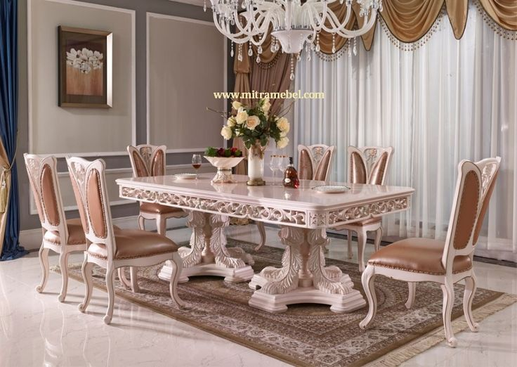 Set Meja Makan Mewah Model Terbaru merupakan produk furniture set meja makan yang diproduksi menggunakan bahan terbaik berkualitas yang kami tawarkan kepada anda yang mencari produk furniture meja makan berkualitas model mewah. cocok untuk furniture meja makan di ruang makan rumah anda.