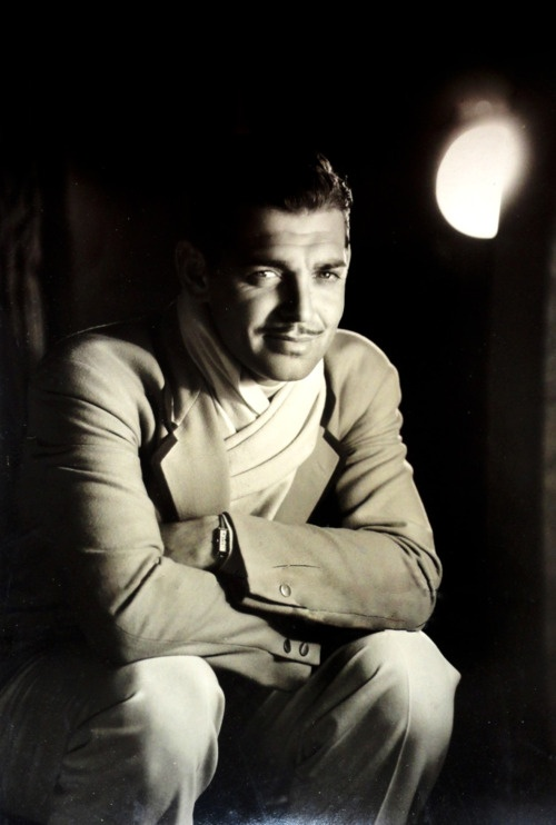 Clark Gable - 1932 - Photo by George Hurrell