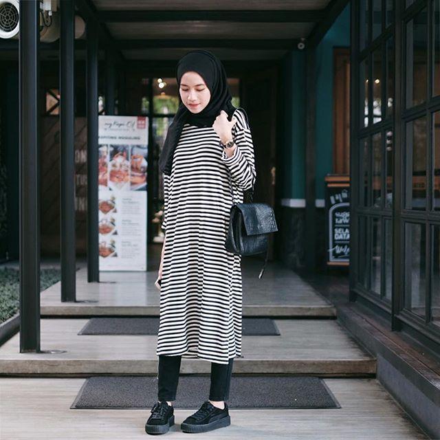 Stripe basic dress from @zr.20 ❤️