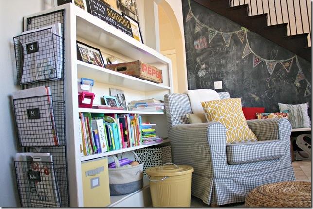 Best 25 office playroom ideas on pinterest playroom playrooms and kids playroom storage - Playroom office ideas ...