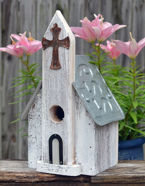 Rustic Birdhouse  Primitive Birdhouse  Ozark by ruraloriginals, $29.95
