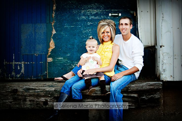 11 best urban family photography images on pinterest for Urban family photo ideas
