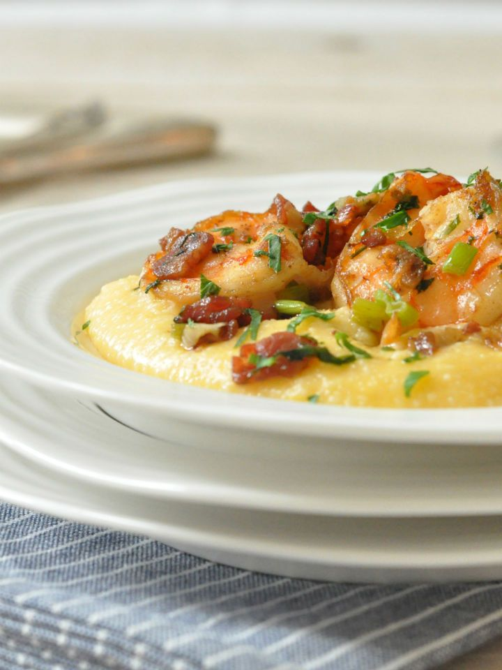 How to Make Classic Southern Style Shrimp and Cheese Grits - naturally #glutenfree!